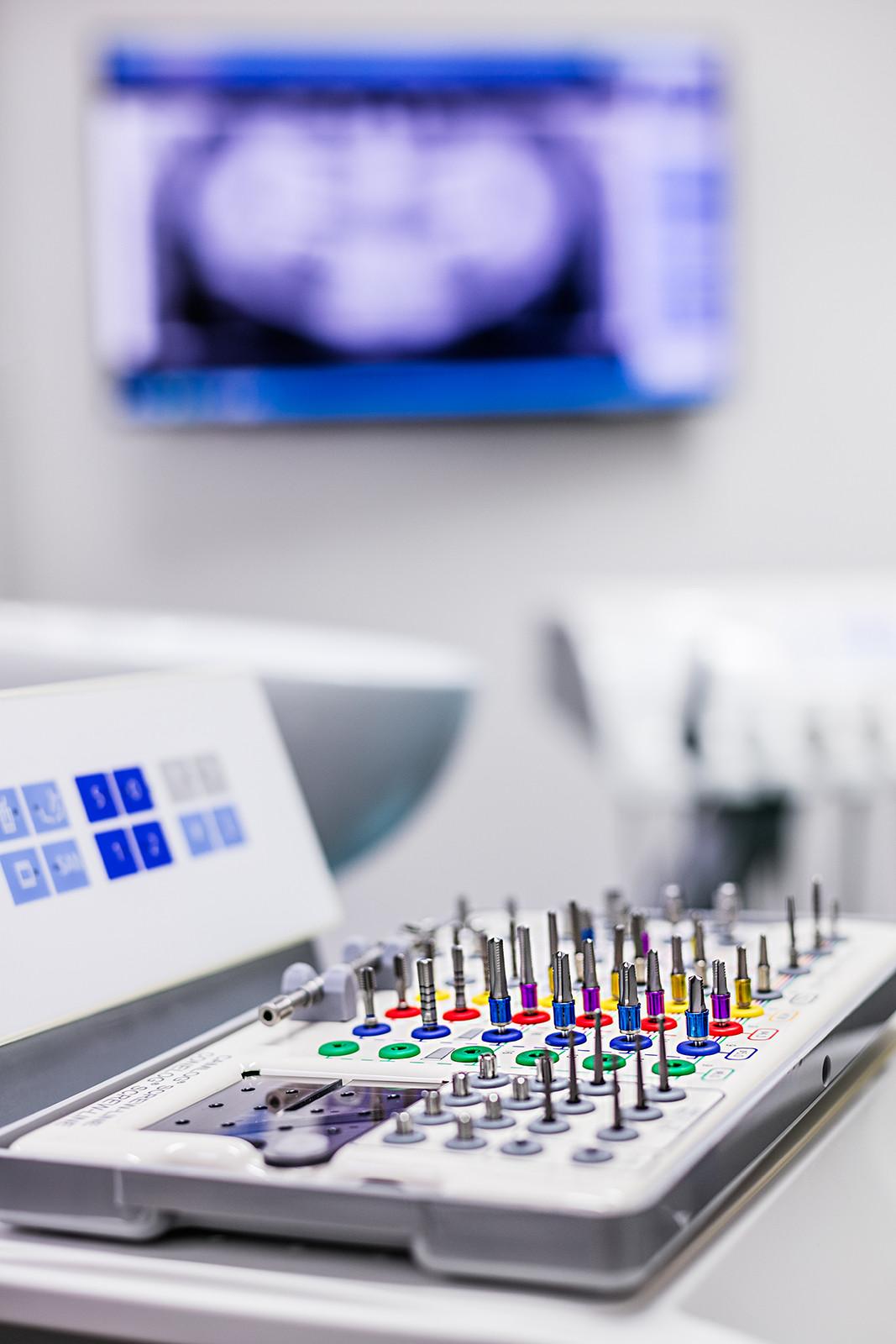 Implantatsysteme – Die Zahnärzte im Odenheimer Hof – Leingarten (Heilbronn) - Dr. Alexander Mitsch M.Sc. & Dr. Jan Felix Hartl M.Sc.